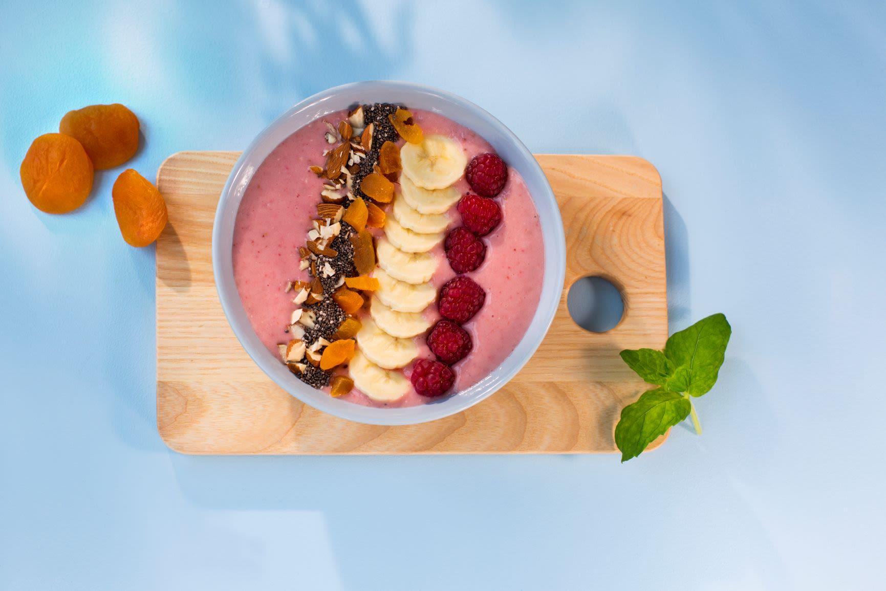 Smoothie bowl med jordbær og banan