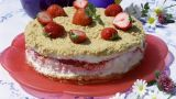 Frossen ostekake med jordbærfyll