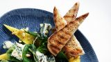 Selbu Blå med mangosalat