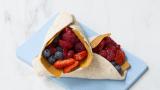 Wrap med brunost og bær