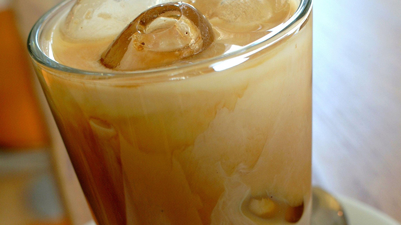 Forfriskende iskaffedrikk