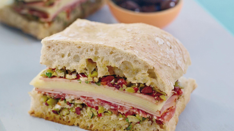 Snasen sandwich med italienske pølser
