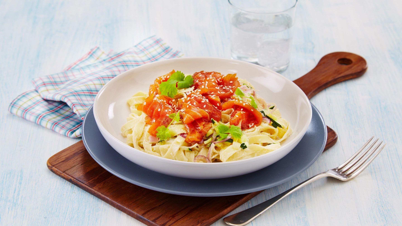 Soyamarinert salmalaks med pasta
