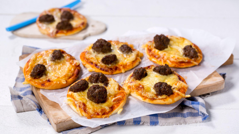 Minipizza med kjøttboller