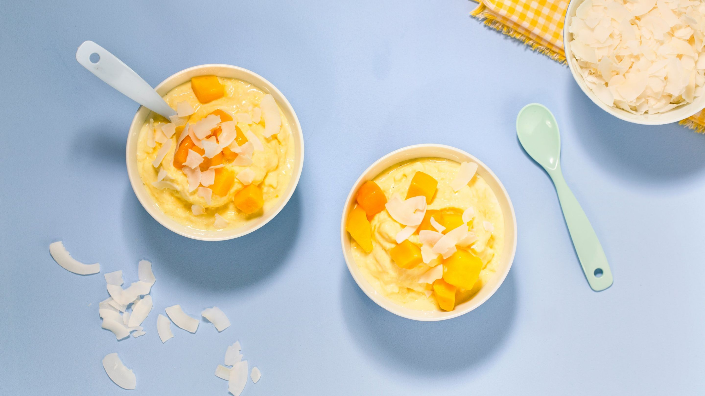 Frozen yoghurt med ingefær og mango