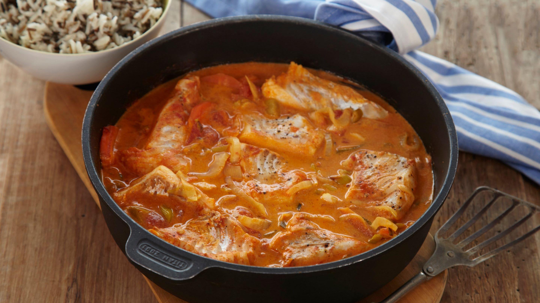 Fiskepanne med tomat