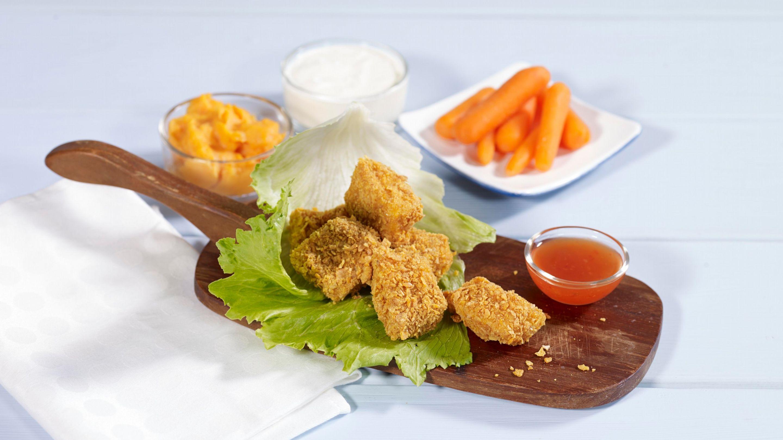 Cornflakes-panerte torskenuggets med søtpotetmos