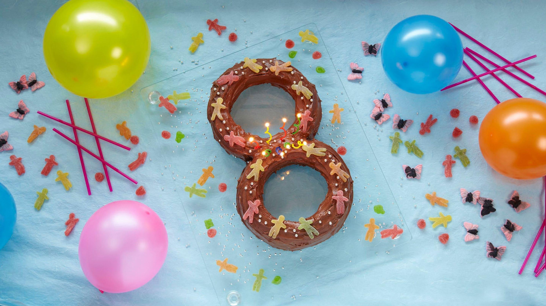 8-årsdagskake