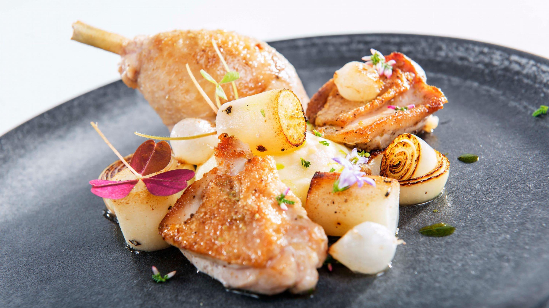 Helstekt kylling med pisket kryddersmør