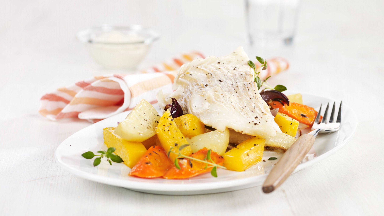 Ovnsbakt torsk med rotgrønnsaker og sennep