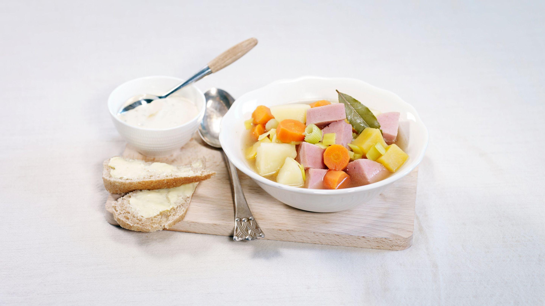 Pølsegryte med gode grønnsaker