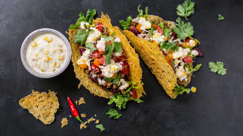 Oste-taco med kjøttdeig og kremost-kremet mais