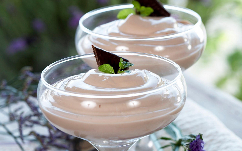 Sjokoladedessert med mint