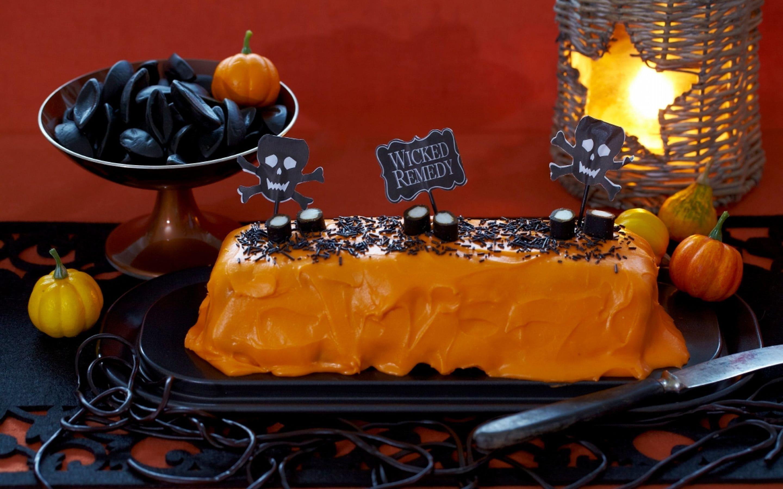 Orange halloweenkake