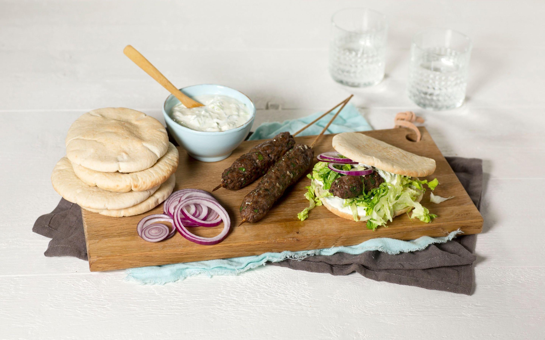 Kebab med agurkyoghurt
