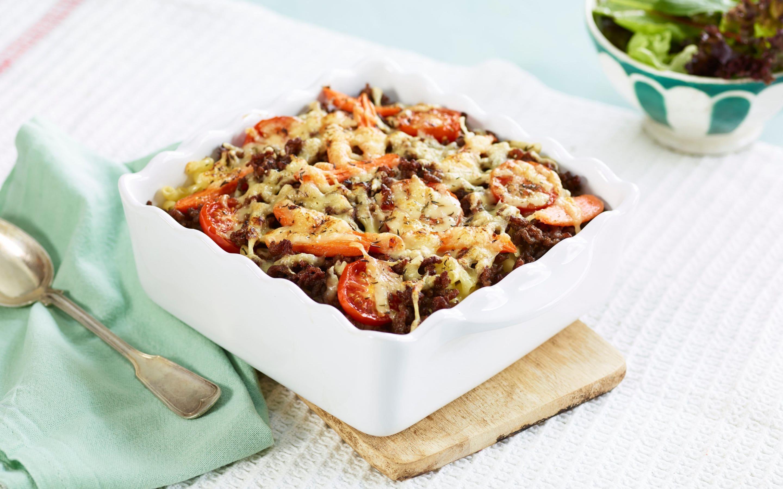 Gratinert makaroni med kjøttdeig