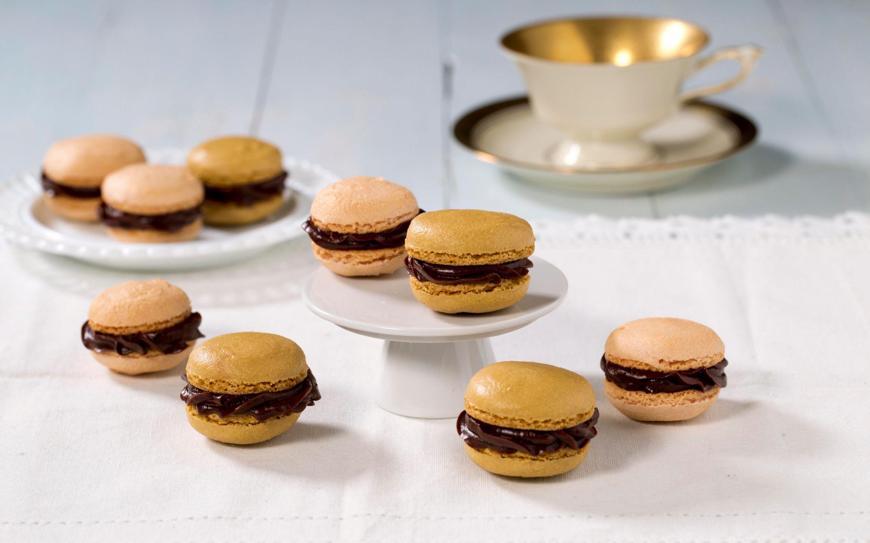 Makroner med sjokoladeganach