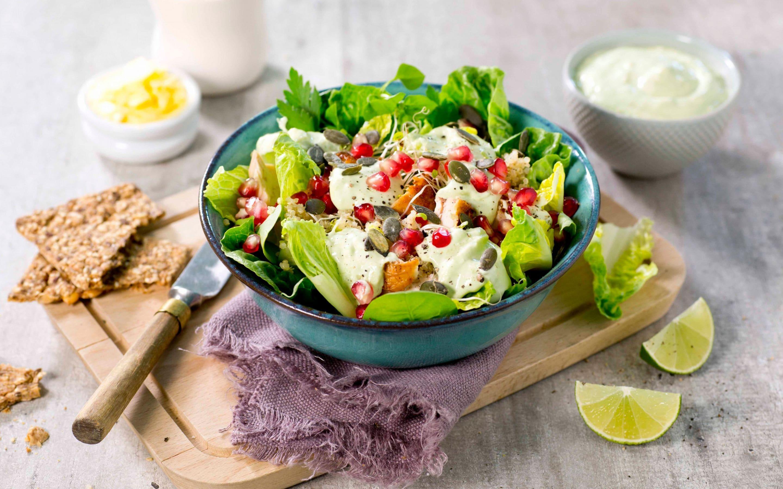 Kyllingsalat med quinoa og avokado