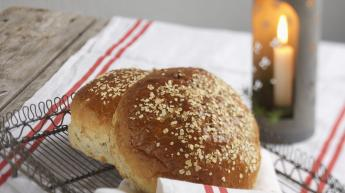Brød med smak av epler og kanel