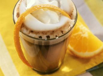 Påskedrikk med appelsin og sjokolade