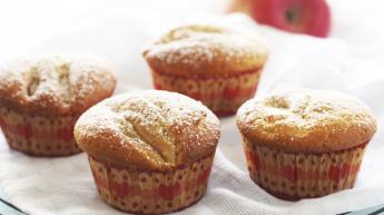 Muffins med eple og kanel