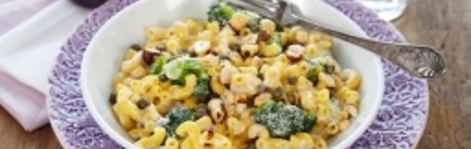 Oppskrift på Pasta med brokkoli, kremost og blåmugg