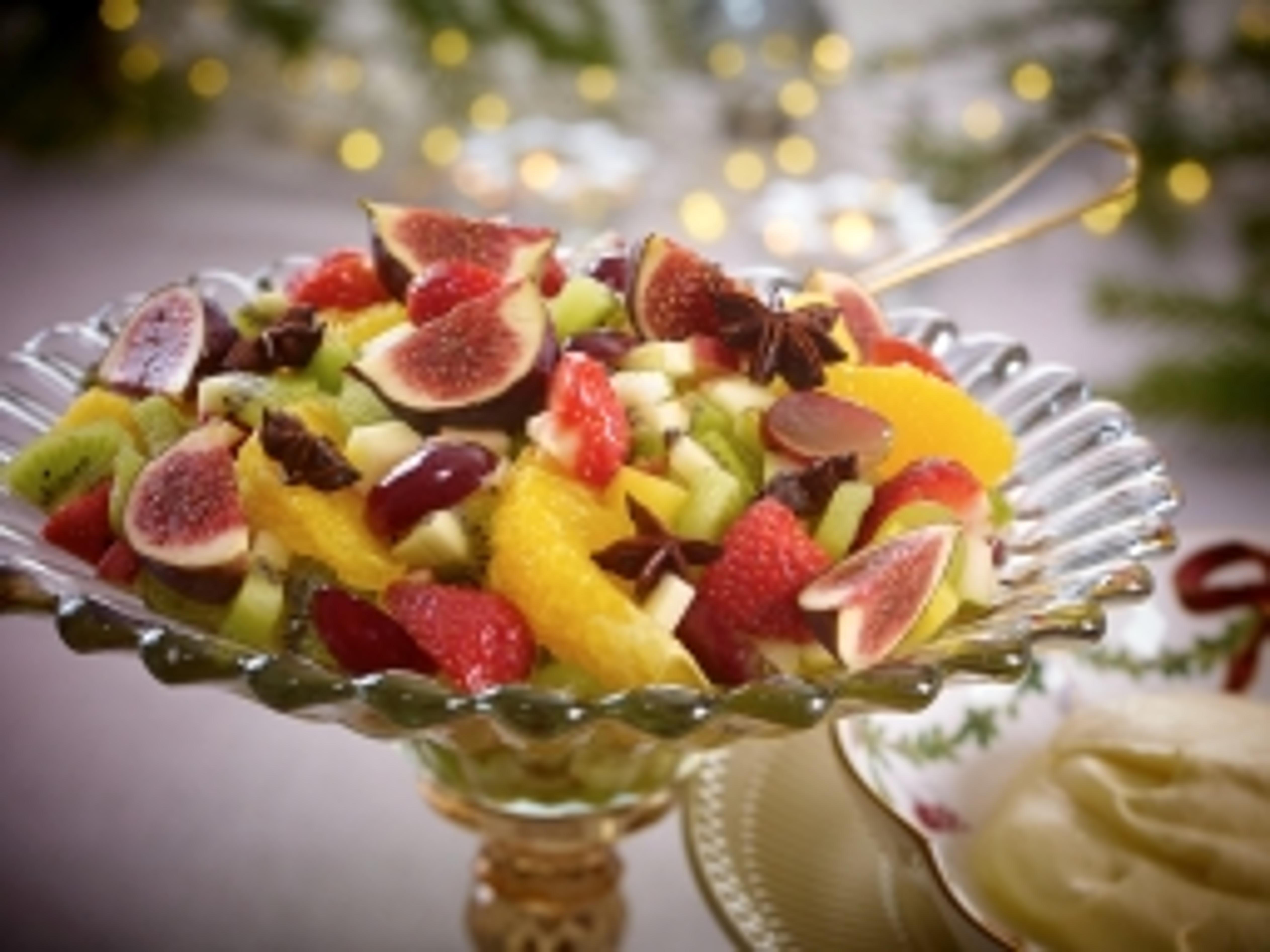oppskrifter rask fruktsalat med rakrem